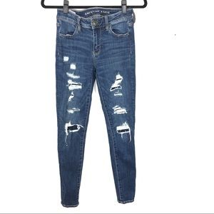 AMERICAM EAGLE hi rise distressed skinny jean C6